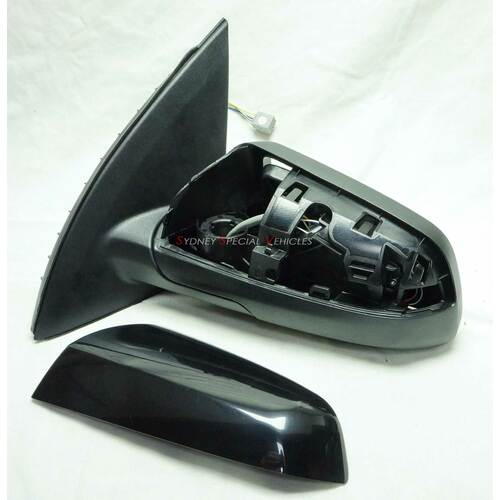 PASSENGER SIDE, SIDE MIRROR FOR VF COMMODORE - 5 PIN